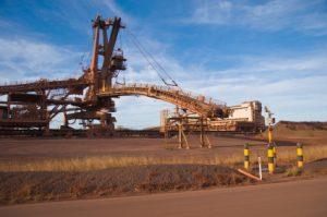 Mining material handling system